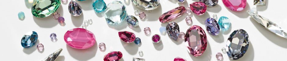 Loose crystal stones in various Swarovski cuts